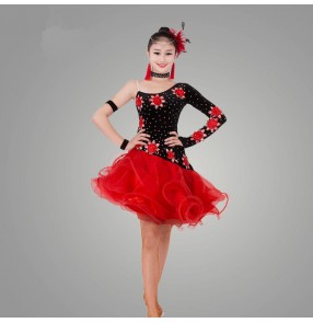 Black red patchwork embroidery rhinestones one shoulder sleeves competition professional performance women's ladies latin salsa dance dresses outfits