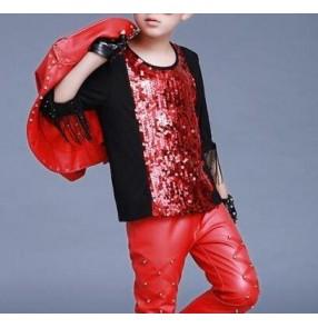 Black red sequins patchwork half sleeves fringes fashion boys kids children hip hip show competition jazz singer drummer dancing t shirt tops