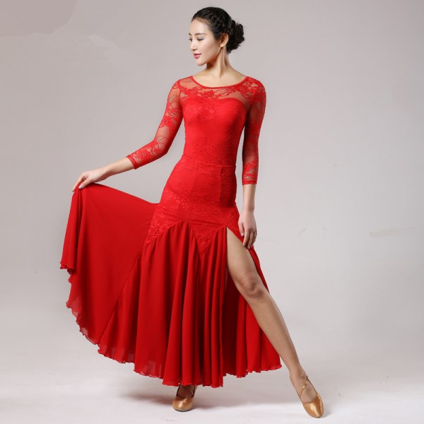 Long t-shirt dress with side splits ballet