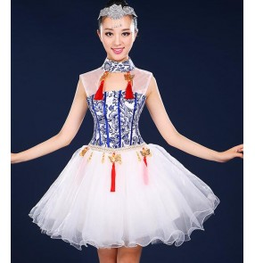Blue white china style printed women's ladies folk traditional zither yangko fan dancing dresses outfits costumes