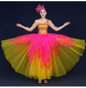 Fuchsia yellow gold patchwork women's ladies modern opening dancing flamenco bull Spanish dancing dancers outfits chorus dresses