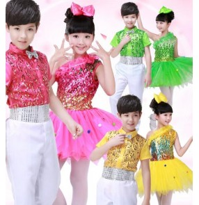 Red light pink fuchsia yellow green sequins one shoulder boys girls kids children stage performance modern dance jazz singer ds host dancing outfits costumes