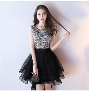 Black red V-Neck Beads Bodice Open Back A Line Long Evening Dress Party Elegant Vestido De Festa Prom Gowns