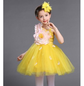 Light pink yellow white petals flowers modern dance girls modern dance princess dresses chorus performance outfits