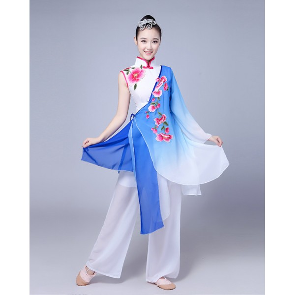 blue gradient traditional chinese clothing women ancient