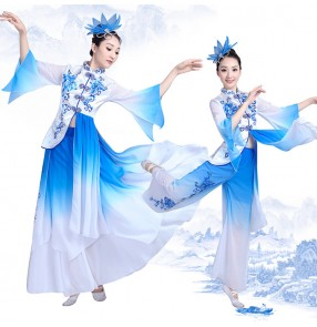 Blue and white gradient colored silk traditional yangko fan dance performance Costume Dress Chinese Folk Dance dress