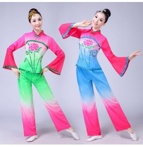 Women's chinese folk dance costumes female lady green blue gradient color yangko fan performance party dancing outfits costumes