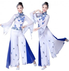 Women's chinese folk dance costumes China style white and blue color  ancient traditional yangko stage performance fan dancing outfits