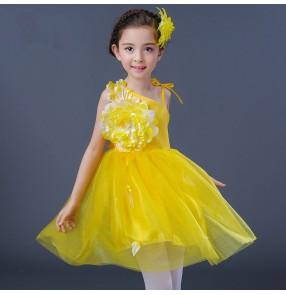 Girls jazz dance dress for kids children pink yellow red petal modern dance ballet singers chorus dancing dresses Vestito jazz per bambini