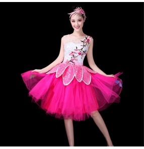 Hot pink fuchsia with white patchwork women's female Chinese folk style modern dance chorus singers performance dresses costumes