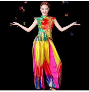 Rainbow Chinese folk traditional classical women's female new celebration dragon drummer fan yangko performance dance dresses costumes