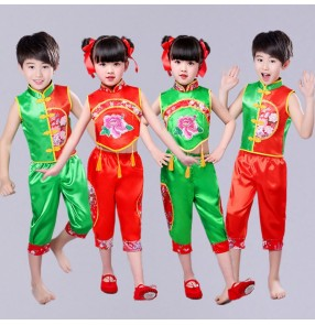 Kids Chinese Folk dance costumes for boys girls holiday evening party celebration ancient traditional fan classical dance yangko performance clothe dresses