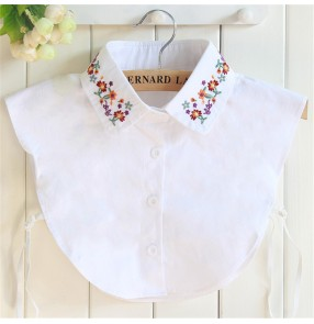 Embroidered flowers Fake Collar For Shirt Detachable Collars Lapel Blouse Top for Women Black White Clothes Shirt Accessories