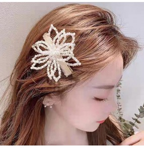 2PCS stage performance Hairpin headdress pearl hairpin flower side clip girl fairy sweet crystal petal bangs clip