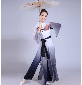 Women's chinese folk dance costumes hanfu classical gray with white gradient colored stage performance yangko umbrella fan dance dresses