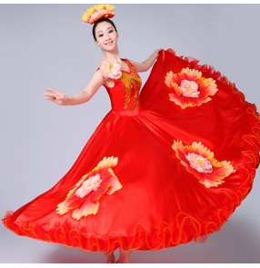Flamenco dresses women female petal flowers red colored Spanish opening dance chorus singers bull dance dresses