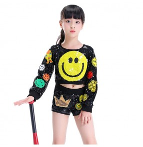 Kids street dance hiphop singers cheerleaders boys girls jazz modern dance singers school stage performance tops and shorts