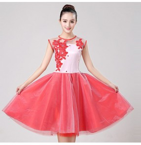 Women's modern dance dresses female red colored stage performance singer chorus party group performance opening dance dresses