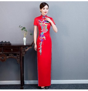 Red chinese dresses traditional chinese qipao cheongsam dresses for women model show miss etiquette stage performance dresses