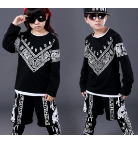 Black printed boys girls kids children school play cotton long sleeves  round neck fashion performance competition school play street dance hip hop costumes outfits