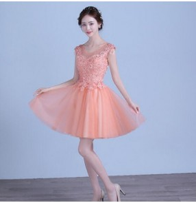 Coral pink color women's female short length A line lace appliques  beaded with rhinestones sleeveless tulle pleated wedding evening party bridesmaid dresses vestidos