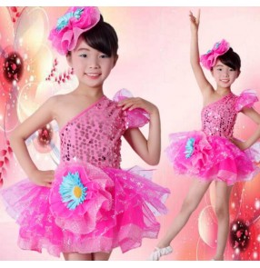 Fuchsia hot pink sequined girls kids children toddlers kindergarten school play modern dance jazz dance dresses outfits