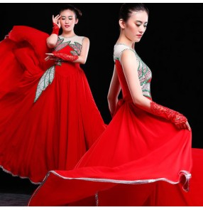 Red white patchwork full big skirted long length women's ladies flamenco opening chorus stage performance opening Spanish folk bull dance dresses outfits