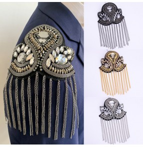 Catwalk stage performance tassel epaulettes badge Exaggerated personality catwalk brooch crystal epaulette dress costume accessories