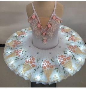 Children's little swan tutu skirt ballet dress for girls puffy gauze skirt suspenders girls led light ballet performance costume