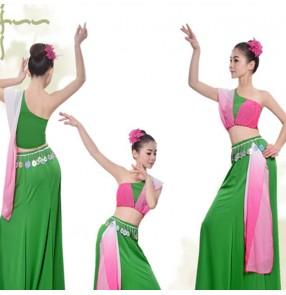 Chinese Dai minority peacock dance costumes women's group dance stage dance costumes Banna peacock dance folk dance costumes