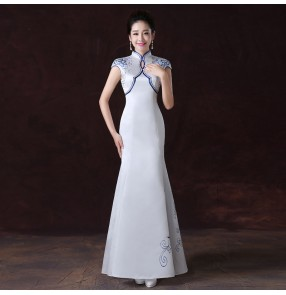 Chinese dress qipao for women Miss etiquette costume blue and white porcelain oriental cheongsam Dress catwalk performance gown embroidered welcoming waiter dresses