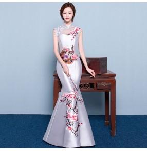 Chinese dress traditional satin silk qipao dress cheongsam dress oriental style model show performance dress