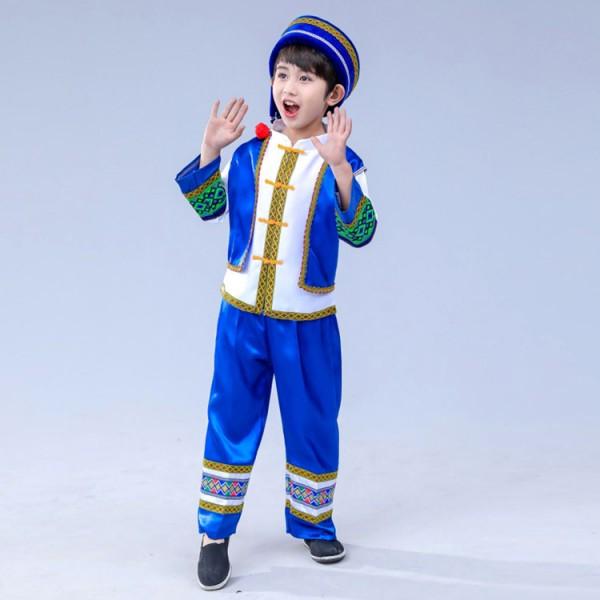 China dance boy