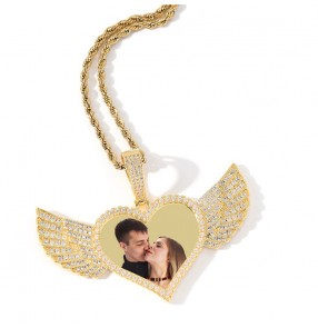 Custom photo hiphop fashion love wings necklace for women men Wedding anniversary Valentine's Day birthday gift family memory photos pendant DIY neckalce for couple