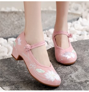 Embroidered Hanfu fairy shoes for women Mid-high heel cheongsam oriental qipao Hanfu shoes chinese folk dance shoes Old Beijing cloth shoes