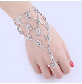 Fashion women's rhinestones rings bracelet wedding party bridal fingers rings bracelet stage performance dance fingers chain bracelet