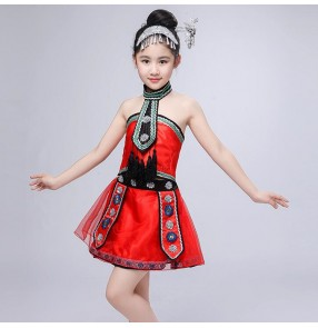 Girls chinese folk dance costumes red color ancient Hmong minority miao photos cosplay dresses