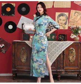 Green floral chinese dress retro qipao dress chinese cheongsam oriental style model show performance dress