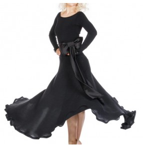 Flamenco dress with bow belt