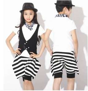 Girls kids child boys children black and white striped top and pants jazz dance costumes modern stage performance hip hop  clothes set