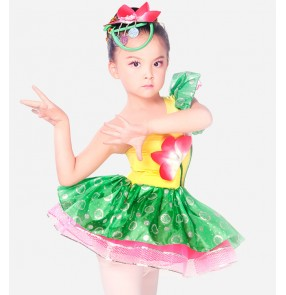 Green and fuchsia patchwork paillette One shoulder girls kids child children growth folk dance competition professional stage performance jazz dance cos play modern dance costumes dresses