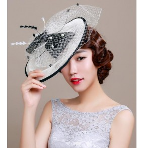 Ivory black patchwork feather sinamay 100% handmade linen fascinators bowknot European  England  Style  wedding party event bridal fedoras veil pill box top hats