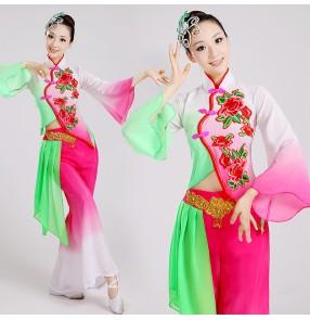 Women's fuchsia  green gradient color long sleeves  traditional Chinese folk dance costumes yangko fan dance costumes dane wear