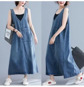 Plus size blue denim v neck strap dress for women casual loose style retro suspender long skirt for female