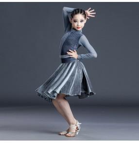 Silver green velvet latin dance dress for girls kids latin ballroom dance costumes for children black long sleeves stage performance dance dress