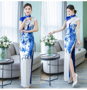 Traditional Chinese qipao dresses for women female white with blue peacock retro pattern cocktail evening party cheongsam dresses