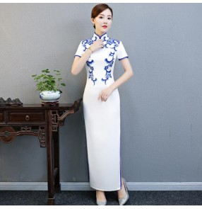 White with blue chinese dresses women female tradtiional vintage qipao dresses model miss etiquette cheonsam dresses