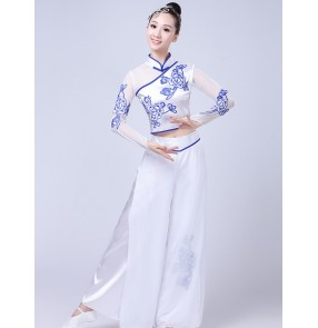 White with blue porcelain chinese ancient traditional folk dance costumes for women yangko umbrella fan dance clothes for female