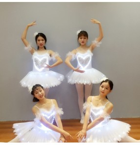 women led light Glowing tutu skirts Adult white ballet costumes opening dance Wedding led light fluorescent skirt  pettiskirt performance costume