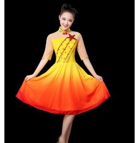 women modern singers chorus dance party performance costume orange gradient colored modern dance dress dance performance clothing